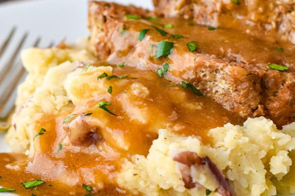 Instant Pot Meatloaf with Mashed Potatoes & Gravy (Low FODMAP, Paleo, Whole30)